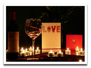 romantic-dinner-celebration-valentine