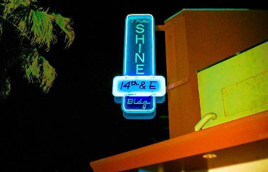 shine-cafe