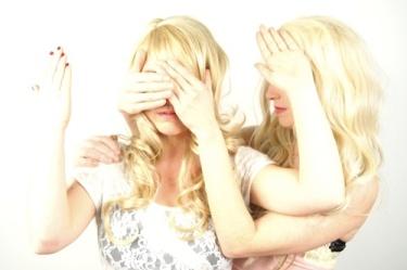 casket girls pics