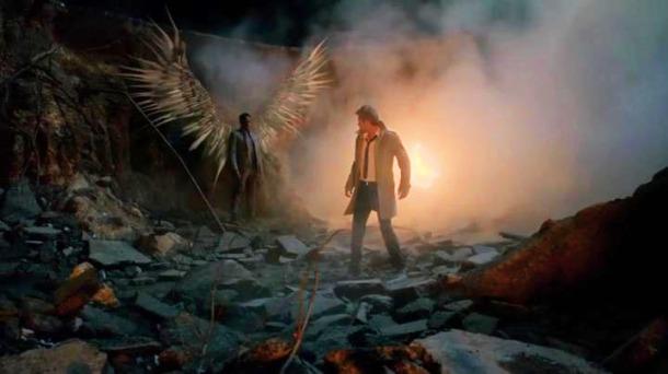 Constantine.S01E01.HDTV.x264-LOL.mp4_snapshot_09.18_[2014.11.09_18.29.29]